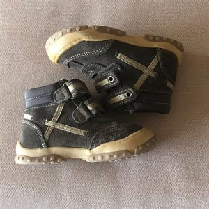 Toddler boys Cherokee boots, size 7